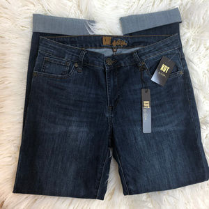 NWT Kut from the Kloth Boyfriend Jeans. Size 14